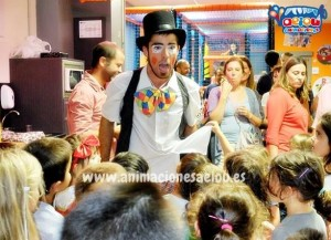 Animadores magos payasos comuniones Barcelona. com